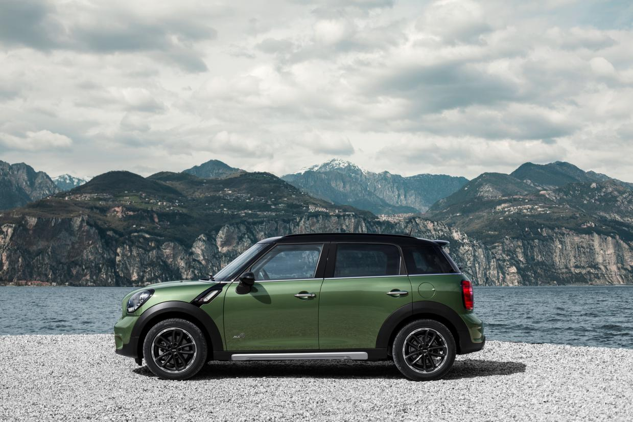 Mini Countryman ALL4 Minimalism groen 2015 03