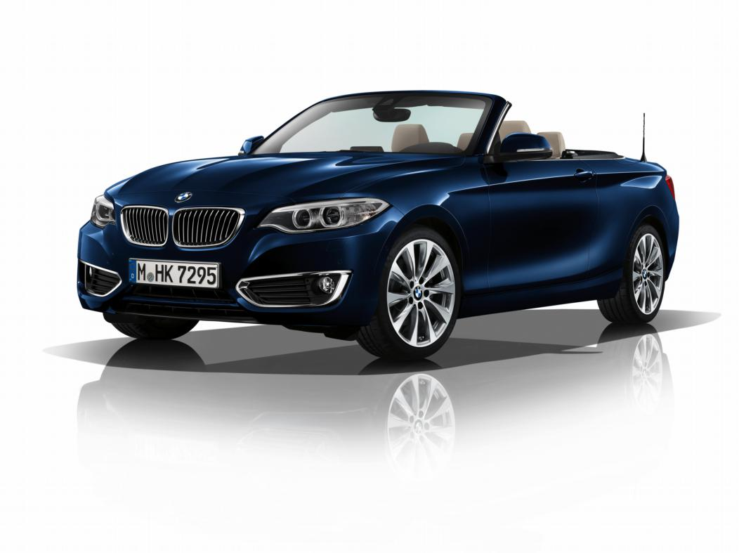 bmw 2 serie cabriolet eerste met nieuwe generatie navi drivessential. Black Bedroom Furniture Sets. Home Design Ideas