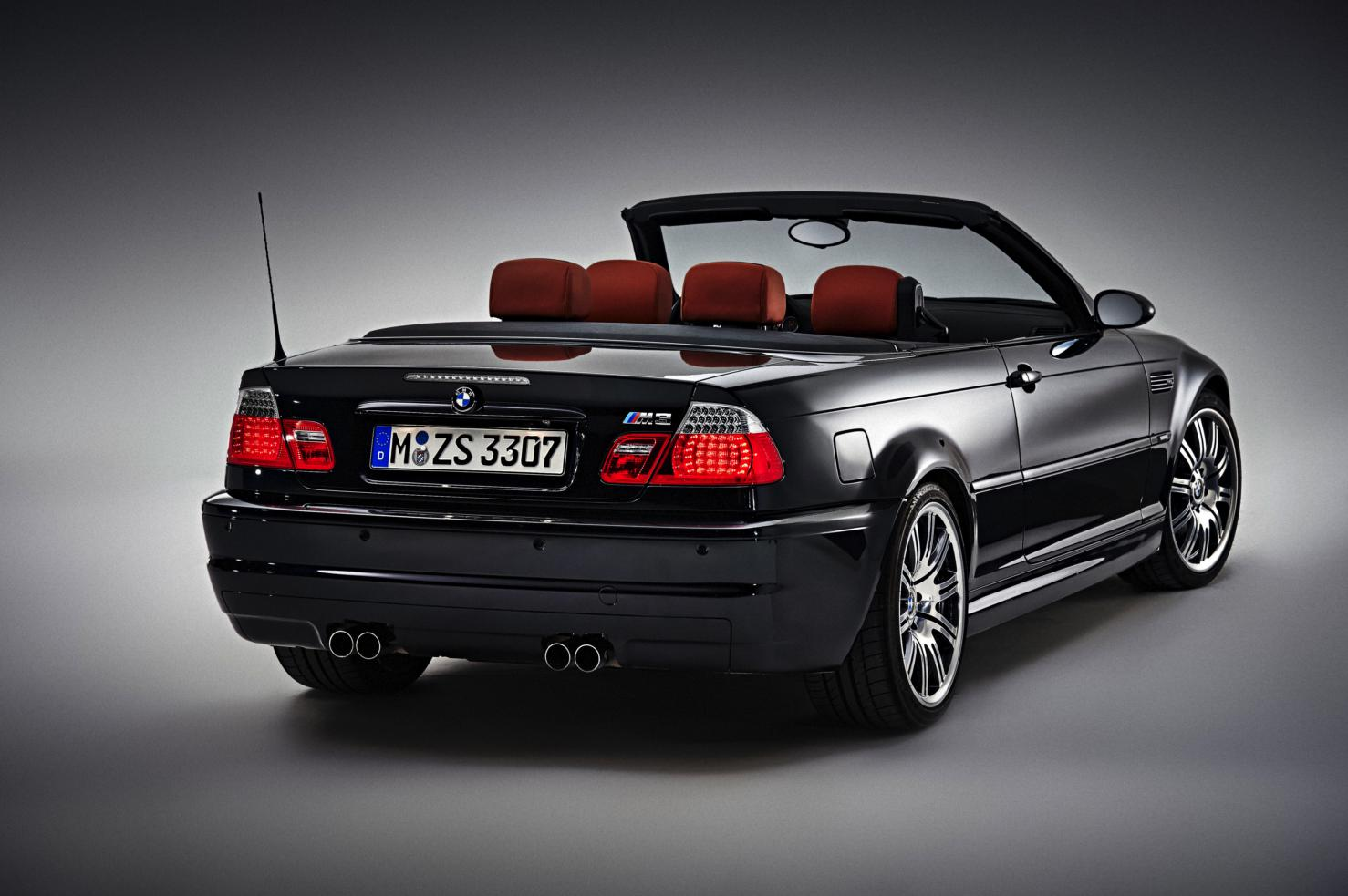 geniet van de bmw m4 cabriolet en z 39 n voorgangers drivessential. Black Bedroom Furniture Sets. Home Design Ideas