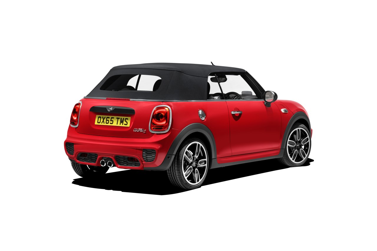 born in the netherlands nieuwe mini cooper cabriolet drivessential. Black Bedroom Furniture Sets. Home Design Ideas