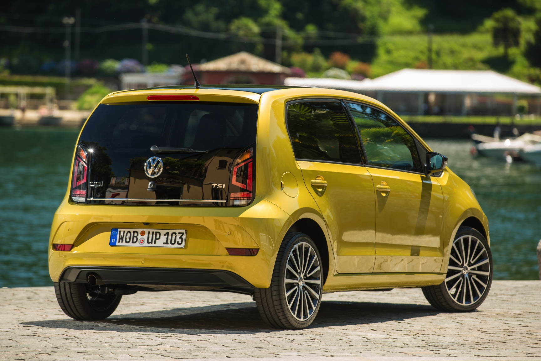 Volkswagen Up take move high private lease 2017 16
