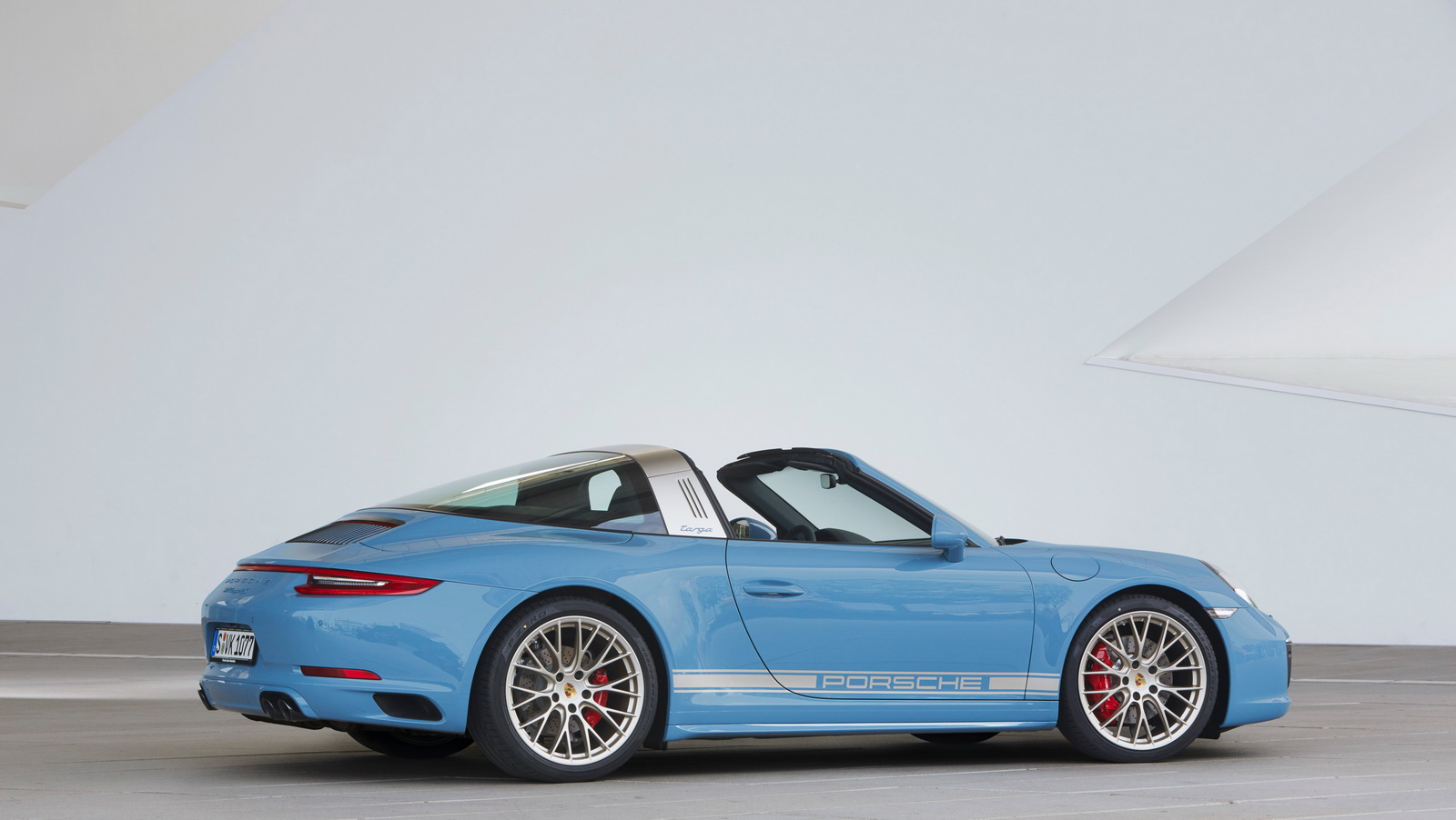 Porsche 911 991.2 Exclusive Design Edition Targa 4S blauw 05