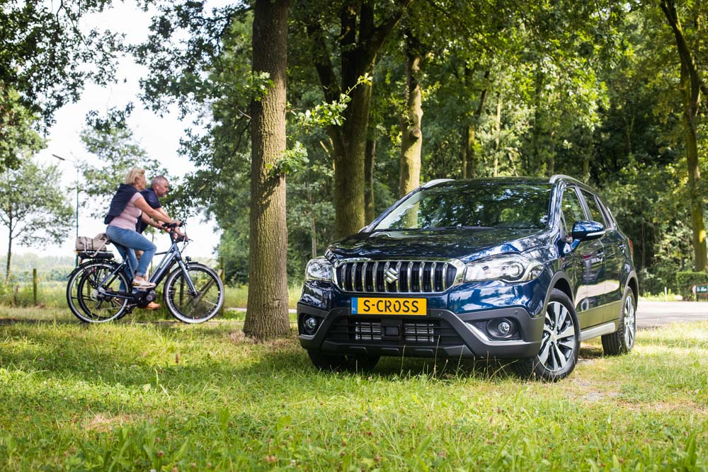 Suzuki S-Cross Boosterjet AllGrip High Executive 2017 01
