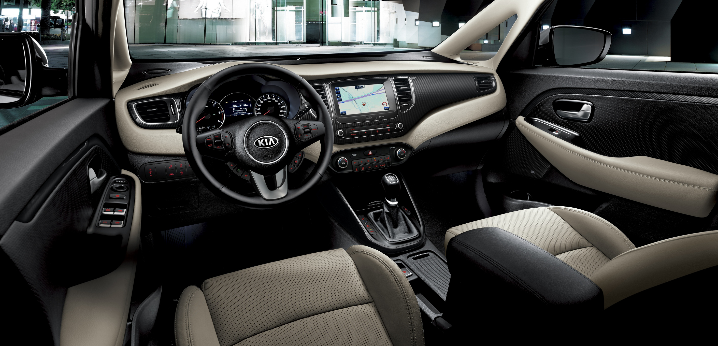 Enhanced 2017 Kia Carens_Interior.