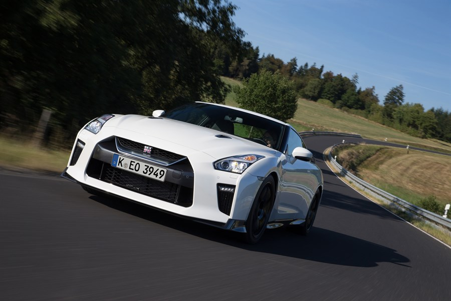 nissan-gt-r-track-edition-2017-03