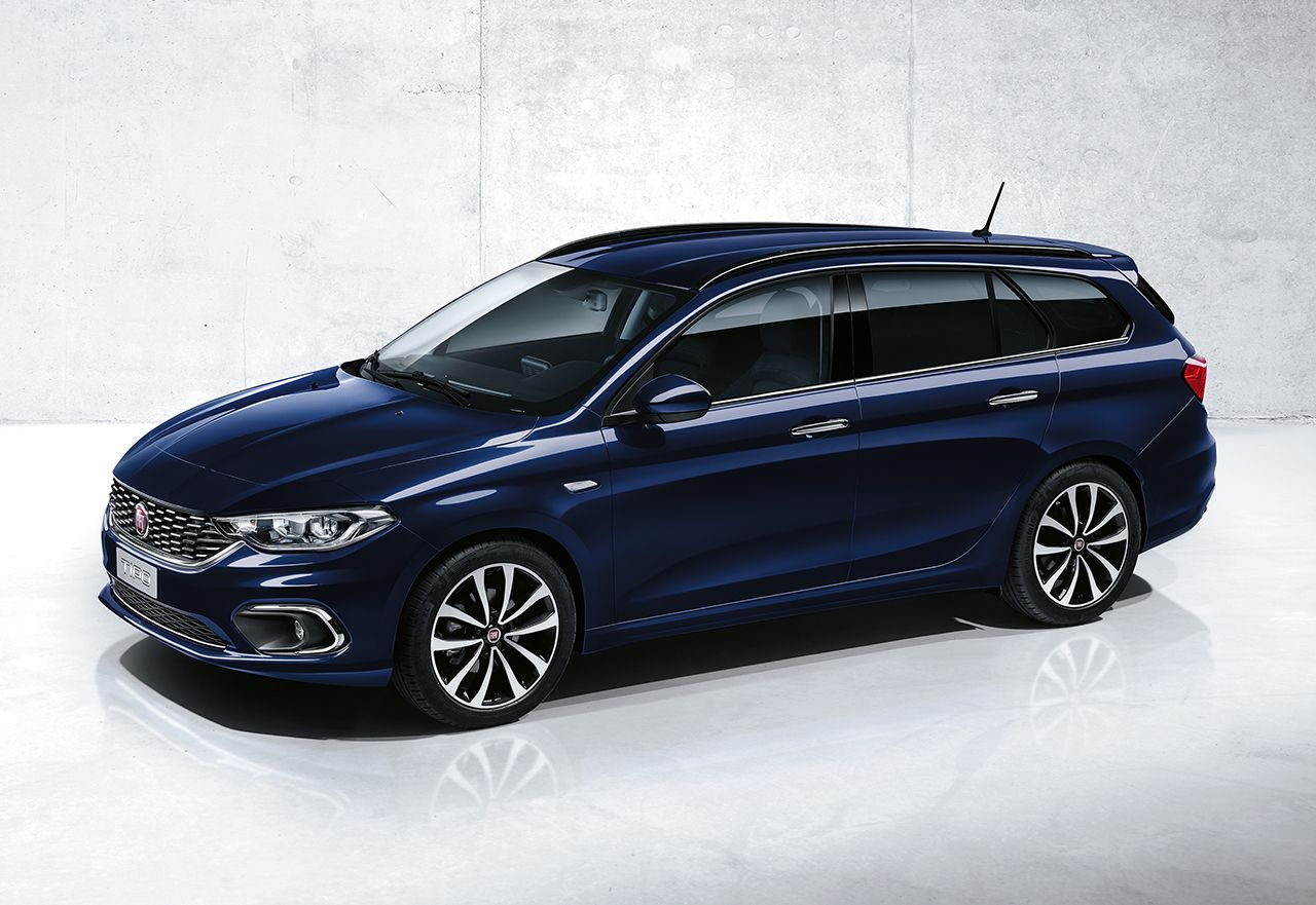 fiat-tipo-business-lusso-hatchback-stationwagon-2017-01