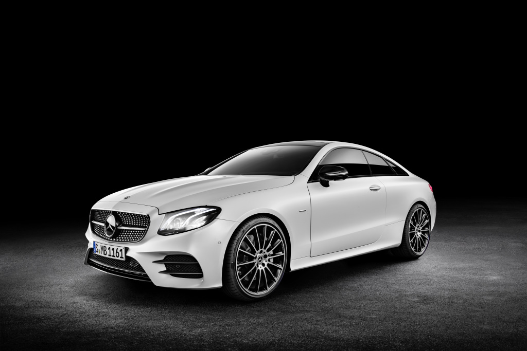 Mercedes-Benz E-Klasse Coupé; 2016; Exterieur: designo kashmirweiß magno, Edition 1, AMG Line, Night Paket ; Mercedes-Benz E-Class Coupé; 2016; exterior: designo cashmir white magno, Edition 1, AMG Line, night package;